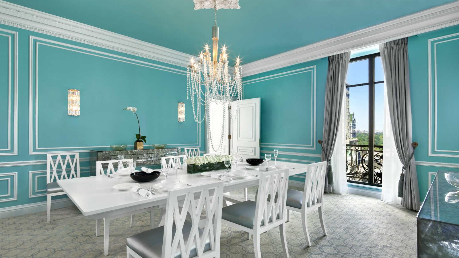 st regis new york mode green. Black Bedroom Furniture Sets. Home Design Ideas